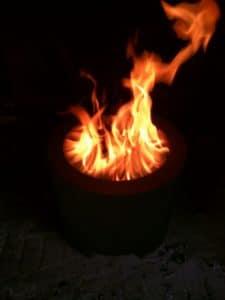 Cesto para quemar pellets